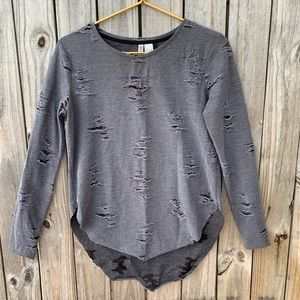 DIVIDED Sz S high/low distressed top